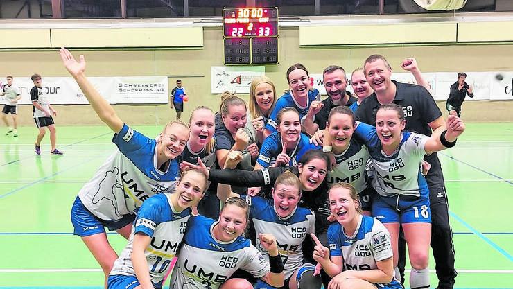 Sie grüssen von der Tabellenspitze: Die Damen des HC Dietikon-Urdorf.