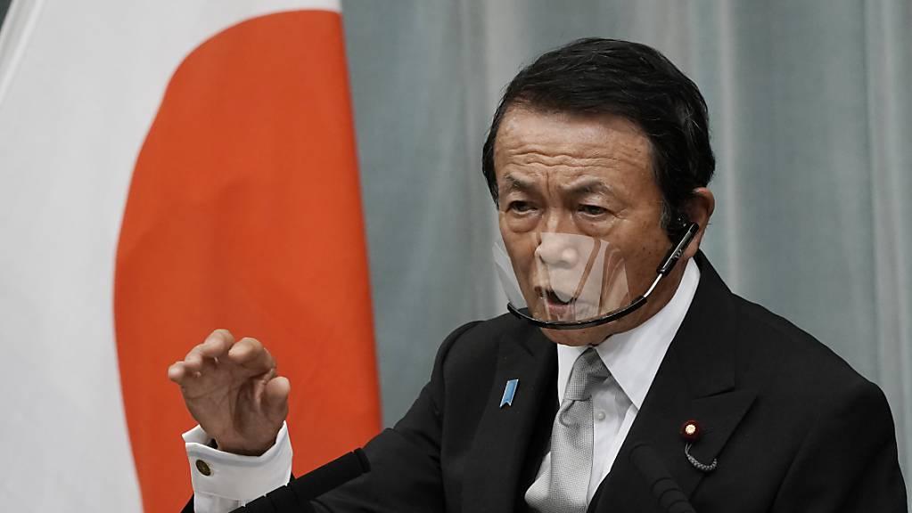 Die Gespräche für die Einführung einer globalen Mindeststeuer kommen laut dem japanischen Finanzminister Taro Aso auf Ebene der G7 voran. (Archivbild)