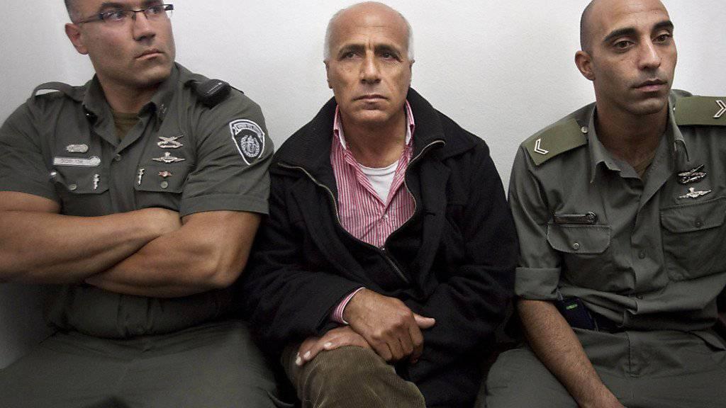 Will Israel verlassen: Atomprogramm-Enthüller Mordechai Vanunu vor einer Anhörung in Jerusalem (Archivbild)