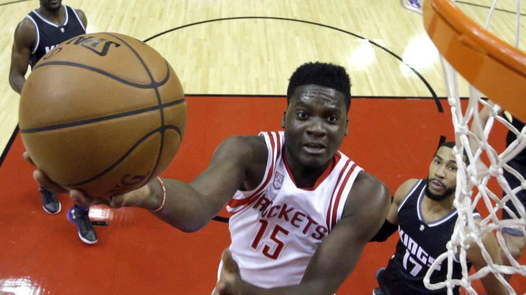 Der Genfer Clint Capela reitet mit den Houston Rockets derzeit auf einer Erfolgswelle
