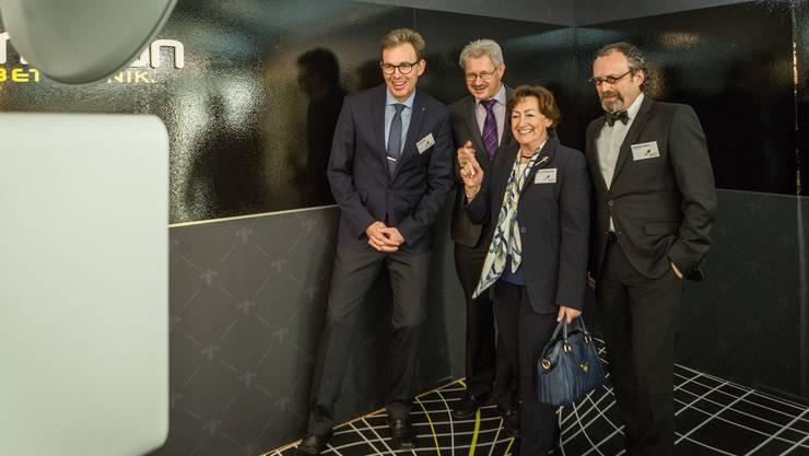 Gewerbeausstellung in Schöftland, aufgenommen am 14. September 2017. Im Bild: Rundgang mit Nationalrätin Sylvia Flückiger-Bäni und dem OK.