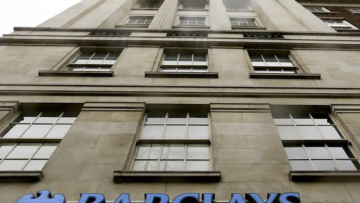 Ein neuer Ankeraktionär bei der Grossbank Barclays setzt auf steigende Gewinne nach Abschluss der Restrukturierung des Geldhauses. (Archivbild)