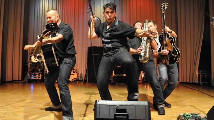 Gekonnt gemischt: «Boppin'B» servierten keinen reinen Rock 'n' Roll, sondern mischt ihn mit Ska, Swing, Rockabilly, Punk oder Pop.