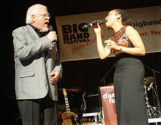 Bill Ramsey und Saengerin Crystal Night