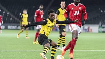 Felix Mambimbi (am Ball) überzeugt bei YB mit zwei Toren.