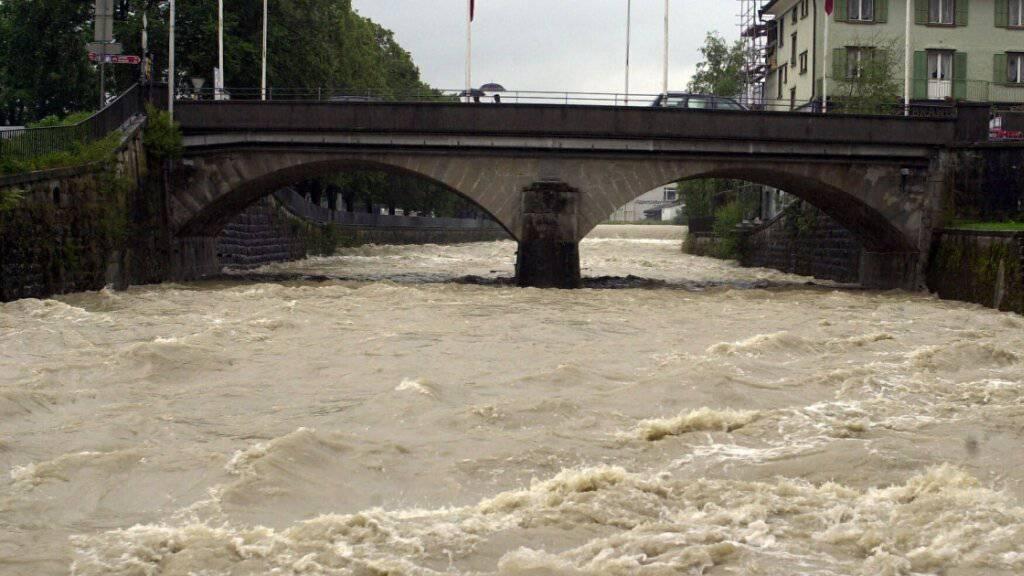 Wegen anhaltender Regenfälle führt die Sitter Hochwasser. (Archivbild)
