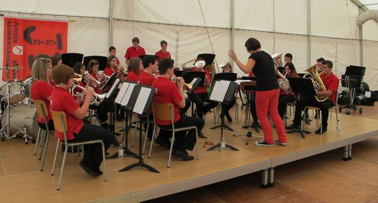 Mit viel Spielfreude überzeugte die Junior Brass Aedermannsdorf unter der Leitung von Monika Eggenschwiler.