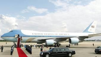 Roter Teppich für den US-Präsidenten in Thailand