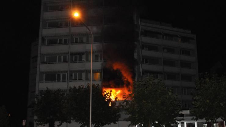 Die Brandursache auf dem betroffenen Balkon des Lorenzenhofs ist noch immer unklar – «die Untersuchung dauert noch an», so am Montag die Auskunft des Mediendienstes.