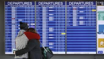 Für die gestrandeten Reisenden gibt es wenig Optionen bei einem Lockdown.
