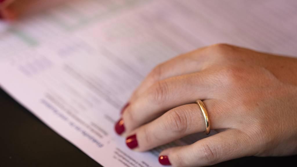 Durchgängig digital ab kommendem Jahr: Dann können die natürlichen Personen in Schwyz die Steuererklärung online einreichen.