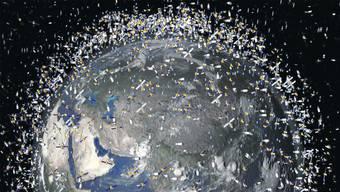 So viel Schrott umkreist bereits unseren Planeten, dass es immer wieder zu Kollisionen kommt.