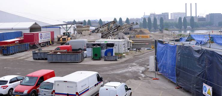 Auch auf dem Gelände der ARA STEIH sind Bagger am Werk. Die ARA wird seit 2012 zurückgebaut.