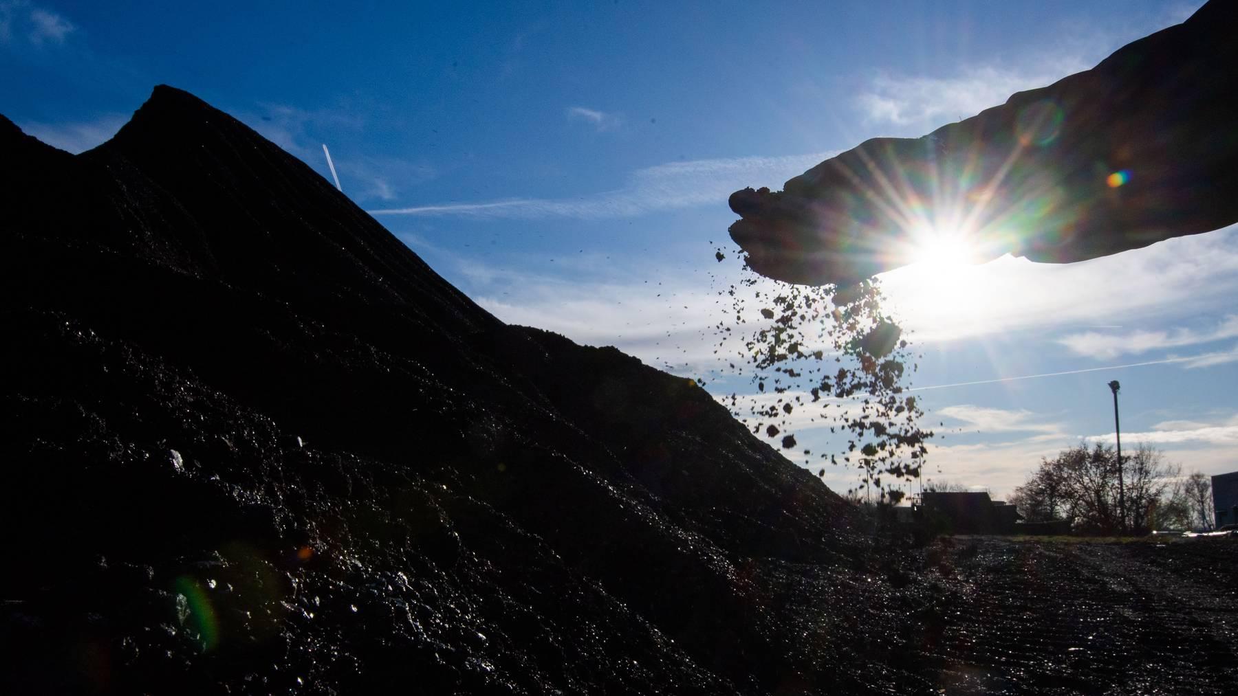Kohlebergbau wird von der Zurich immer noch versichert, jedoch nicht mehr zu denselben Konditionen wie früher, sagt Präsident Michel Liès.