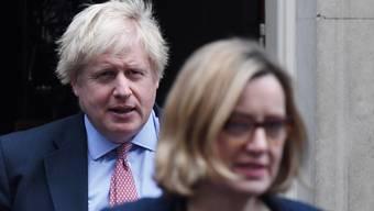 Nach dem Rücktritt von Arbeitsministerin Amber Rudd wird in Grossbritannien gerätselt, wie sich Premierminister Boris Johnson um eine weitere Brexit-Verschiebung drücken will. (Archivbild)