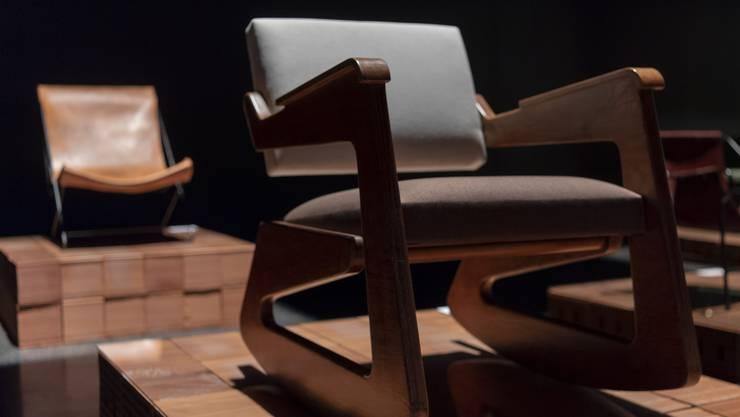 Lina Bo Bardi: Rocking Chair von 1948/49. Nilufar Gallery für 290 000 Euro.