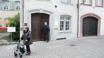 Die Senioren verlassen die Station Milchgasse des «Golatti». Diese hat nach 40 Jahren eine Sanierung nötig. (Archiv)