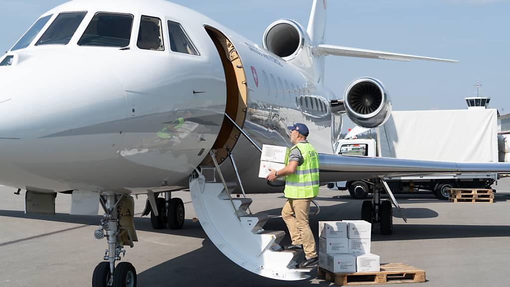 Nach dem verheerenden Brand im Durchgangslager für Flüchtlinge auf Lesbos hat die Schweiz fünf Tonnen Hilfsgüter geschickt. (Archivbild)