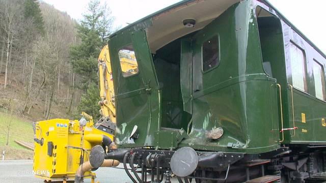 16 Verletzte nach Nostalgiezug-Kollision