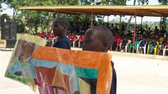 Malarbeiten von Jugendlichen der Region Mara.