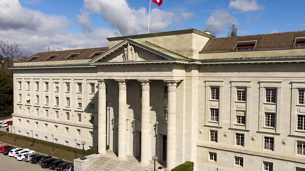 Bundesstrafrichterin klagt gegen drei Bundesrichter