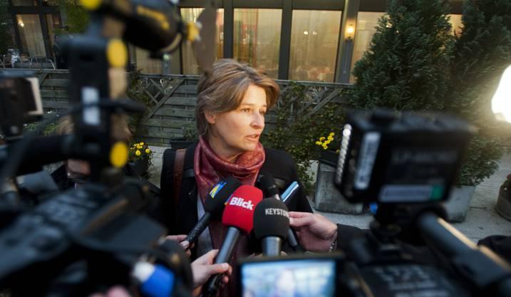Nicole Trezzini beantwortet Fragen der Journalisten