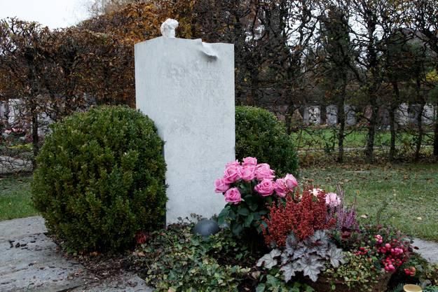 Auf dem Luterbacher Friedhof ist Willi Ritschard begraben.