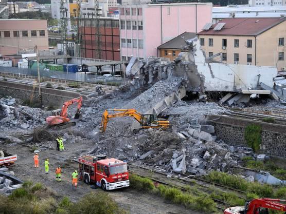 Die Autobahnbrücke in Genua war am 14. August nach einem heftigen Gewitter eingestürzt. 43 Menschen starben. (Archivbild)