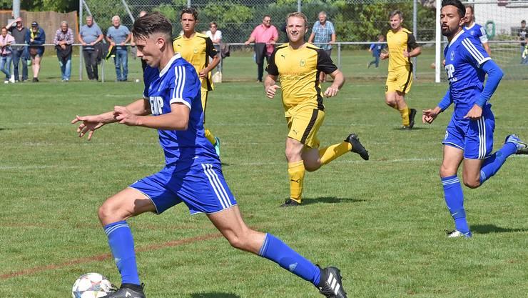 Fulenbachs neuer Torjäger, Dzenis Poljak, erzielte gegen Blustavia sein fünftes Saisontor.