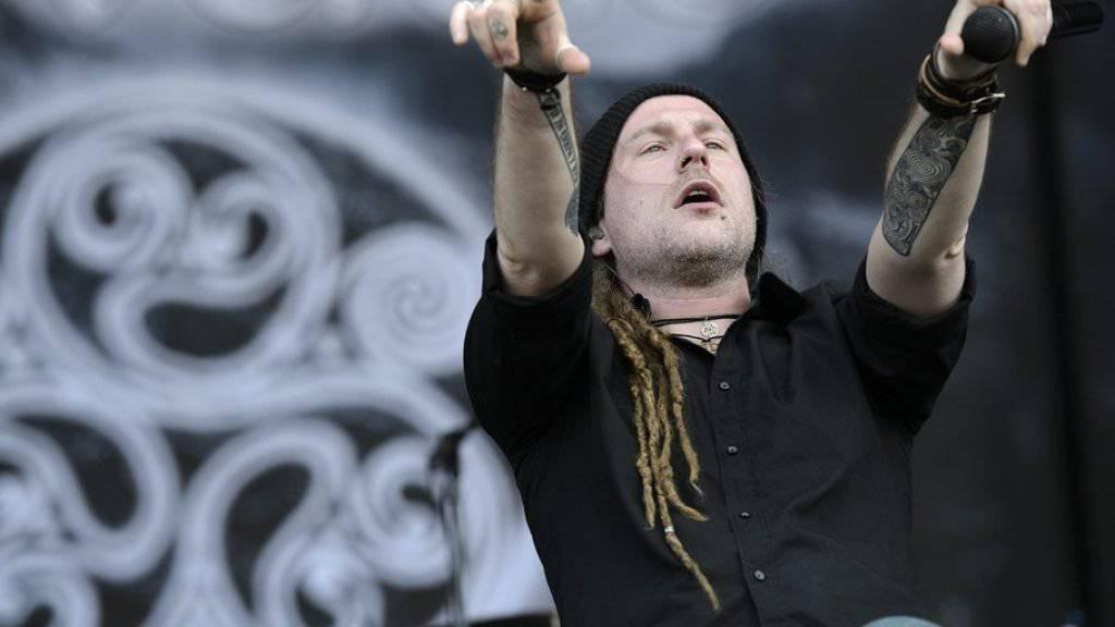 Harter Kerl, weicher Kern: Für das Wohl seiner Fans nimmt Chrigel Glanzmann, Frontmann der Metal-Band Eluveitie, alle möglichen Anstrengungen in Kauf. (Archivbild)