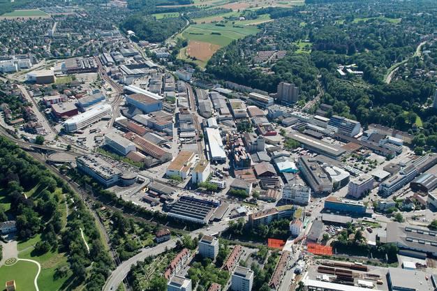 Das Dreispitz-Areal: Hier, an der Grenze zur Stadt, soll die Uni in Münchenstein Standorte für Juristen und Wirtschaftler erhalten.