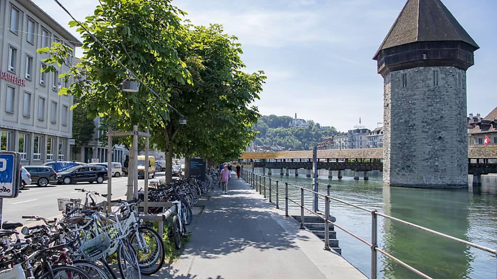 Die Bahnhofstrasse in Luzern ist seit Ende Juni für den Durchgangsverkehr gesperrt. (Archivbild)