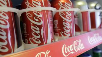 Coca-Cola-Büchsen blieben häufiger in den Regalen
