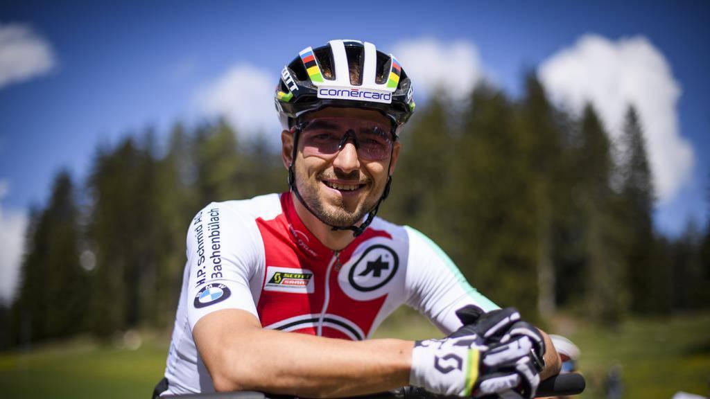 Nino Schurter fordert zur Bike-Challenge heraus