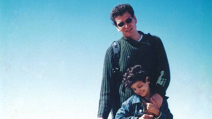 Der Hirnforscher Henry Markram mit seinem autistischen Sohn Kai im Jahr 2007 in Südafrika.