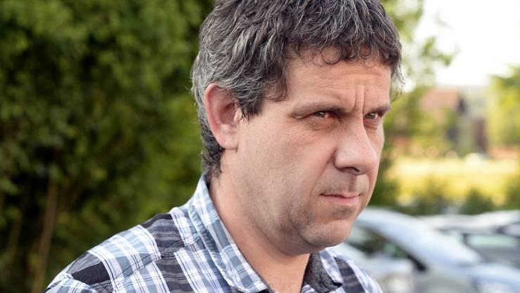 Ernst Suter erhält von der Gemeinde Dürnten die 250'000 Franken Steuergelder zurück, die er im Laufe der Jahre wegen einer Leseschwäche zu viel bezahlt hatte.