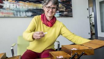 Im Nähkästchen der Schweiz am Wochenende befinden sich rund 25 Lösli mit verschiedenen Begriffen. Anna-Katharina Schmid hat «Respekt» herausgefischt.
