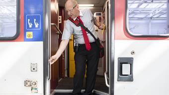 Abfahrt erst mit eingestiegenem Zugbegleiter und geschlossener Einstiegstüre: Die SBB setzen ein neues Anfahrtsregime um (Archivbild)