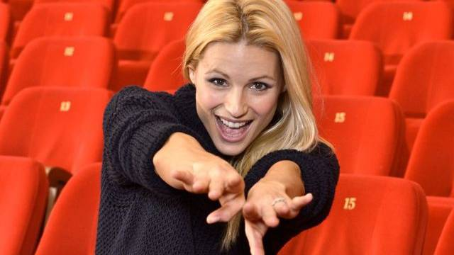 Auf der Bühne fühlt sie sich zu Hause: Michelle Hunziker im Theater Manzoni.