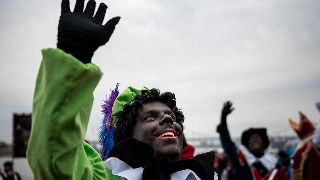 Facebook geht gegen «Blackface» und antisemitische Stereotypen vor