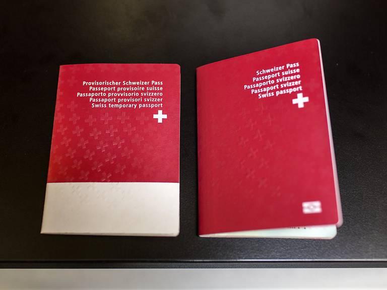 Der Schweizer Pass wird im Kanton Aargau produziert.(Archiv).