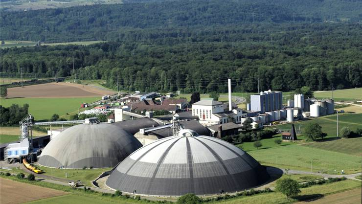 In Riburg wird Lose-Salz abgebaut, an die Kunden ausgeliefert oder in den zwei Silos gelagert.