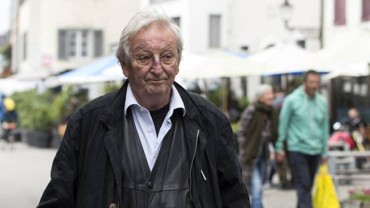 Schriftsteller Peter Bichsel blickt dem Sterben furchtlos entgegen: Dass er davor noch ins Altersheim gehen muss, ist seine grössere Sorge. (Archivbild)