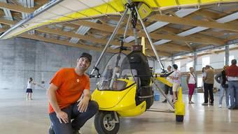 Nur Pakistan lässt er aus, weil es ihm zu gefährlich ist: Der Walliser Xavier Rosset will in 400 Tagen im Ultraleichtflugzeug um die Welt fliegen. Am Sonntag ist er gestartet.