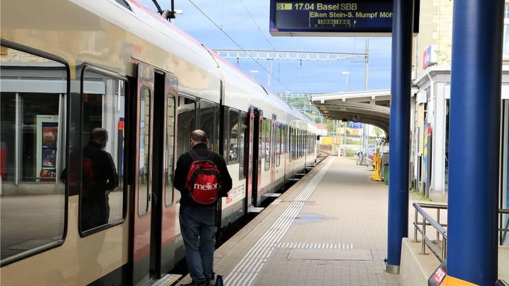 Die S1 verkehrt zwischen Frick und Stein im Stundentakt, zwischen Stein und Basel im Halbstundentakt. Dabei soll es vorläufig bleiben.