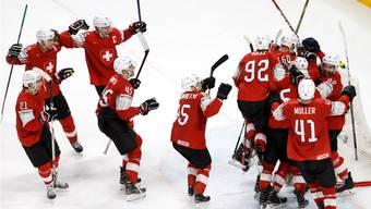 Die Schweizer Eishockey-Nati zieht am Lucerne Cup in den Final ein.