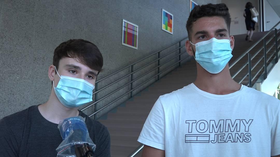 Maskenpflicht für Aarauer Kantischüler: «Ganz ehrlich, es ist mühsam»