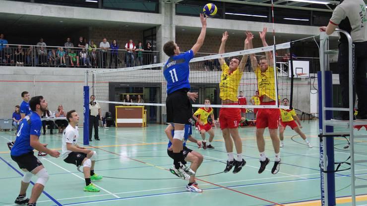 Die Volleyballer von Laufenburg-Kaisten konnten auch die Gegenspieler aus Buochs zu selten blocken.