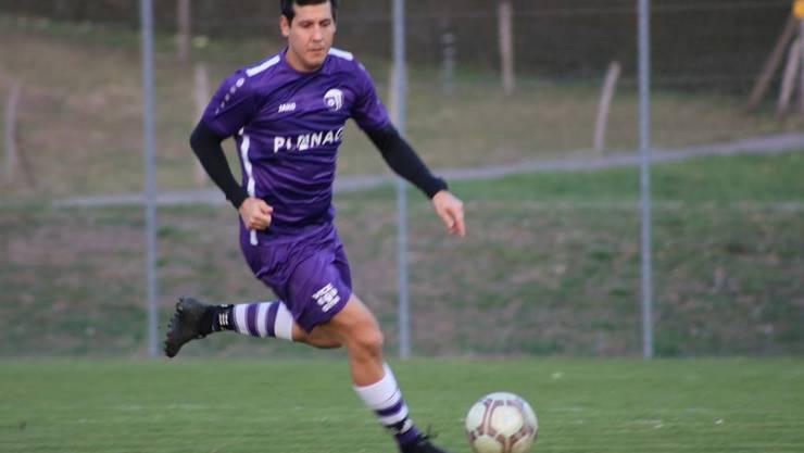 Erzielte mit einem sehenswerten Treffer das 4:0 für Eiken: Roberto Rizza.