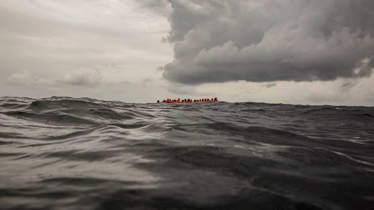 Bootsflüchtlinge vor der libyschen Küste: In Zukunft soll bereits an der EU-Aussengrenze darüber entschieden werden, ob sie überhaupt Asyl beantragen können oder nicht.